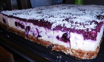Blaubeer-CashewCreme-Kuchen